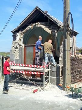 Rénovation en avril 2015 de la chapelle Sainte-Begge à Coutisse (Andenne)