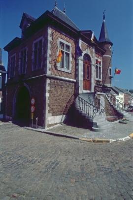 L'hôtel de ville à Clermont-sur-Berwinne (1888)