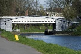 Canal du Centre historique. Pont de Liebin rénové en 2017.