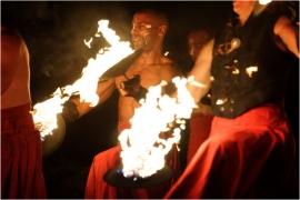 Namur en mai,Compagnie de la Salamandre,chorégraphie et musique dans un ballet enflammé.