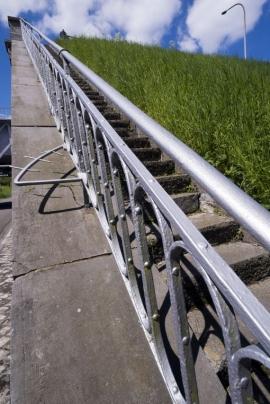 Canal du Centre Historique et ses ascenseurs hydrauliques.