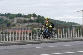 Au travail en vélo.