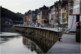Chômage de la Meuse à Dinant.