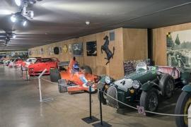 Blotti dans un écrin de verdure entre  Stavelot, Malmedy et Spa, théâtre de tant d'exploits automobiles et  motocyclistes, le circuit de Spa-Francorchamps est toujours considéré  par de nombreux pilotes comme