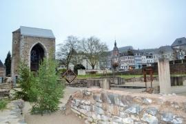 Vue sur les ruines de l'ancienne abbaye de Stavelot.