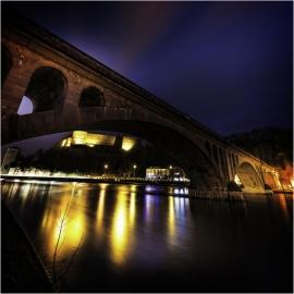 La Ville de Huy (vue de nuit).