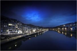 La Ville de Dinant (vue de nuit).
