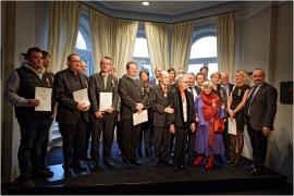 Photo de groupe des Mérites wallons 2017 à la Présidence du Gouvernement wallon (Elysette) à Jambes (Namur).