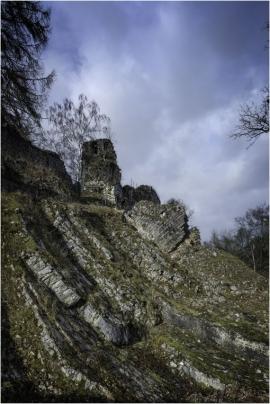 Le château de Poilvache (fort médiéval) à Yvoir, entre Dinant et Namur.