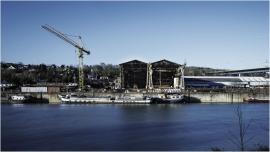 Chantier naval à Beez (Namur) en bord de Meuse.