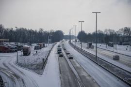 Autoroute E 411 par temps de neige à hauteur d'Eghezée.