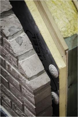 Matériaux de construction : brique, béton, charpente, bois, mousse isolante...