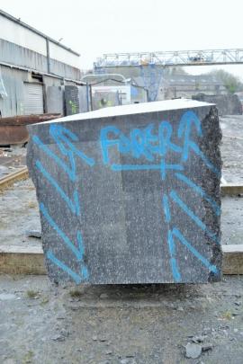 Le pôle de la pierre sur le site de l'ancienne carrière Wincqz à Soignies rassemblant plusieurs partenaires : l'AWAP (SPW), le FOREM, l'IFAPME, le CEFOMPI. Un ensemble de formations et d'activités liées aux métiers de la pierre.